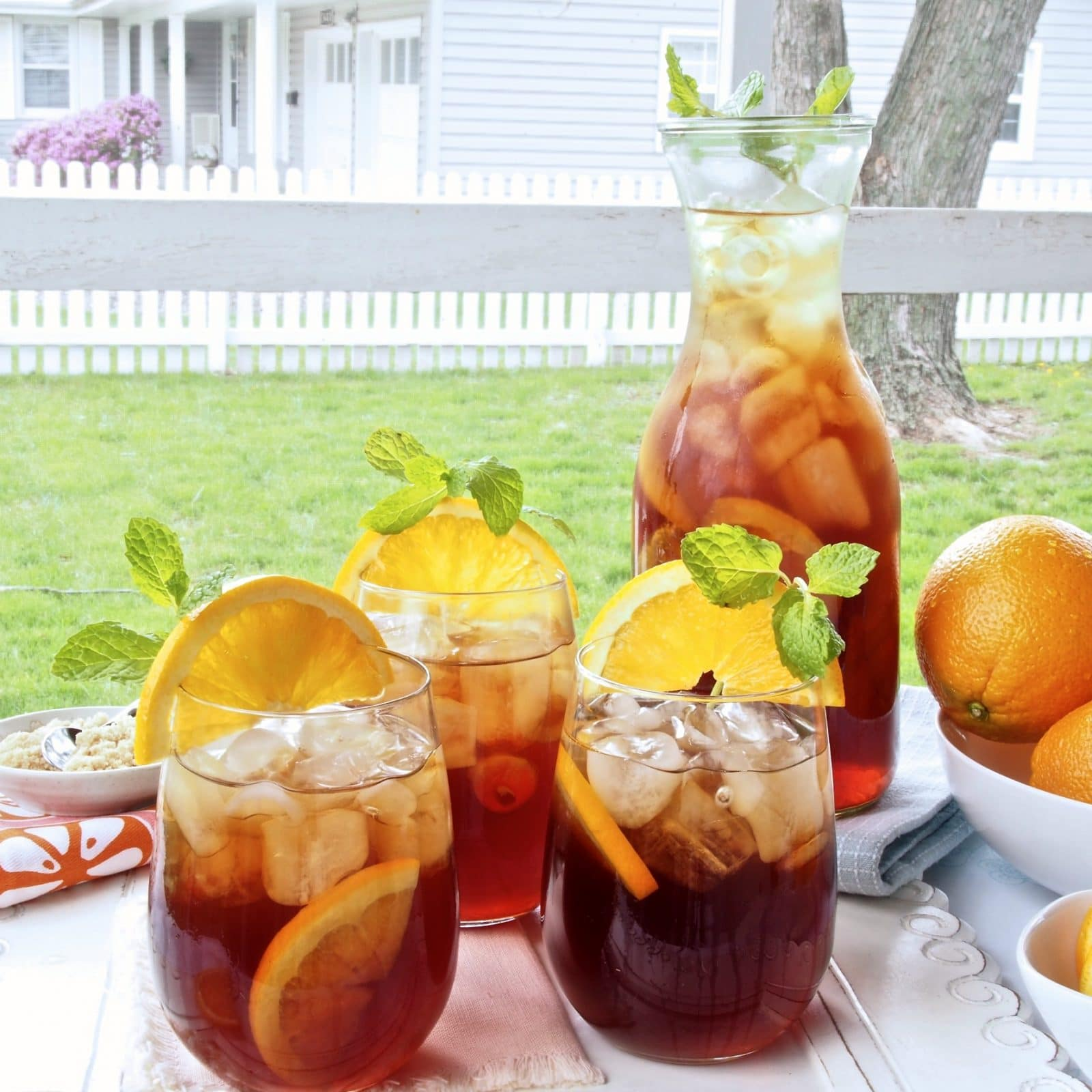 Orange Brown Sugar Sweet Tea is the perfect refreshing summer drink! - Simple Sated