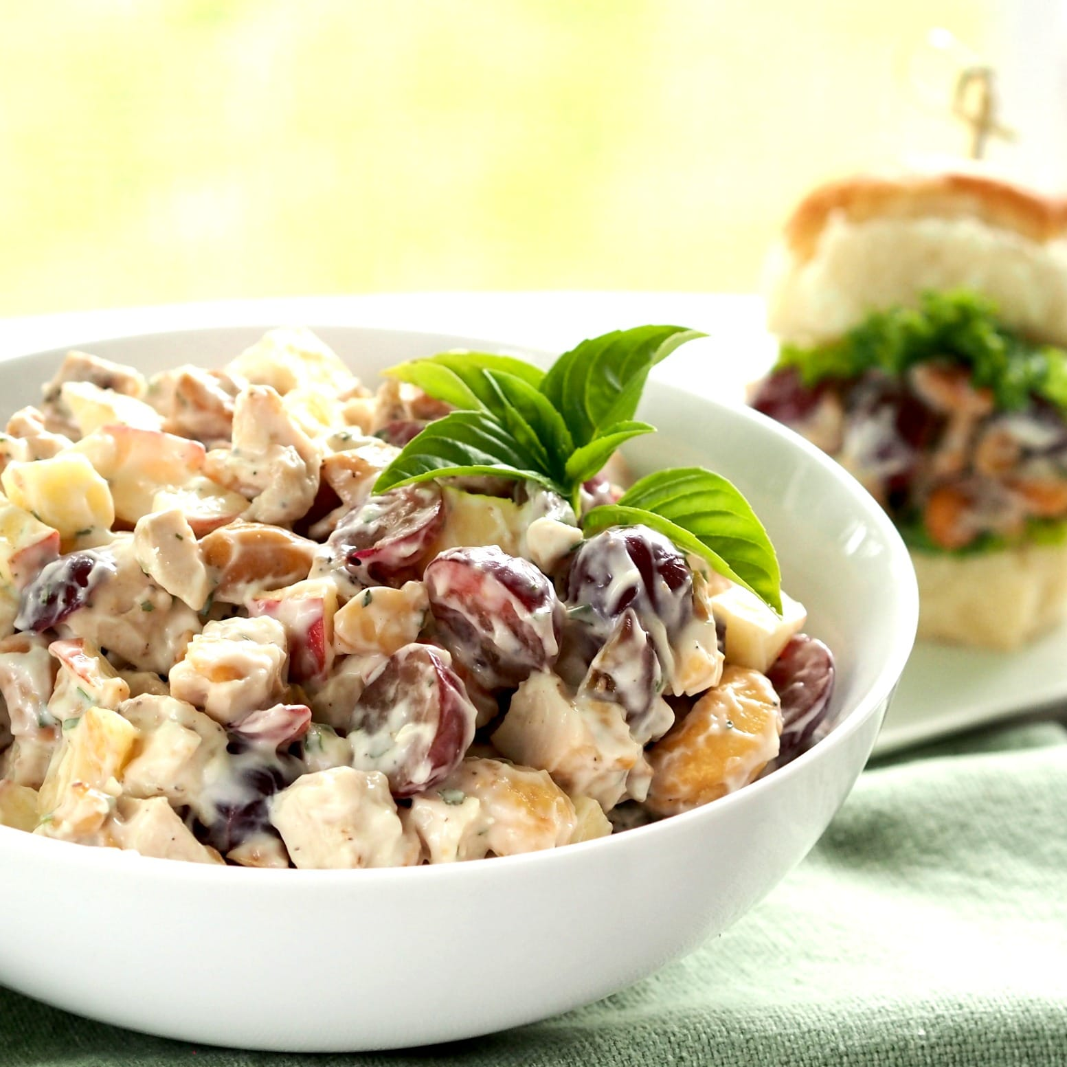 Grilled Black Pepper Chicken Salad is full of flavor, texture and tastes. Perfect served as a sandwich, salad or dip. www.simplysated.com