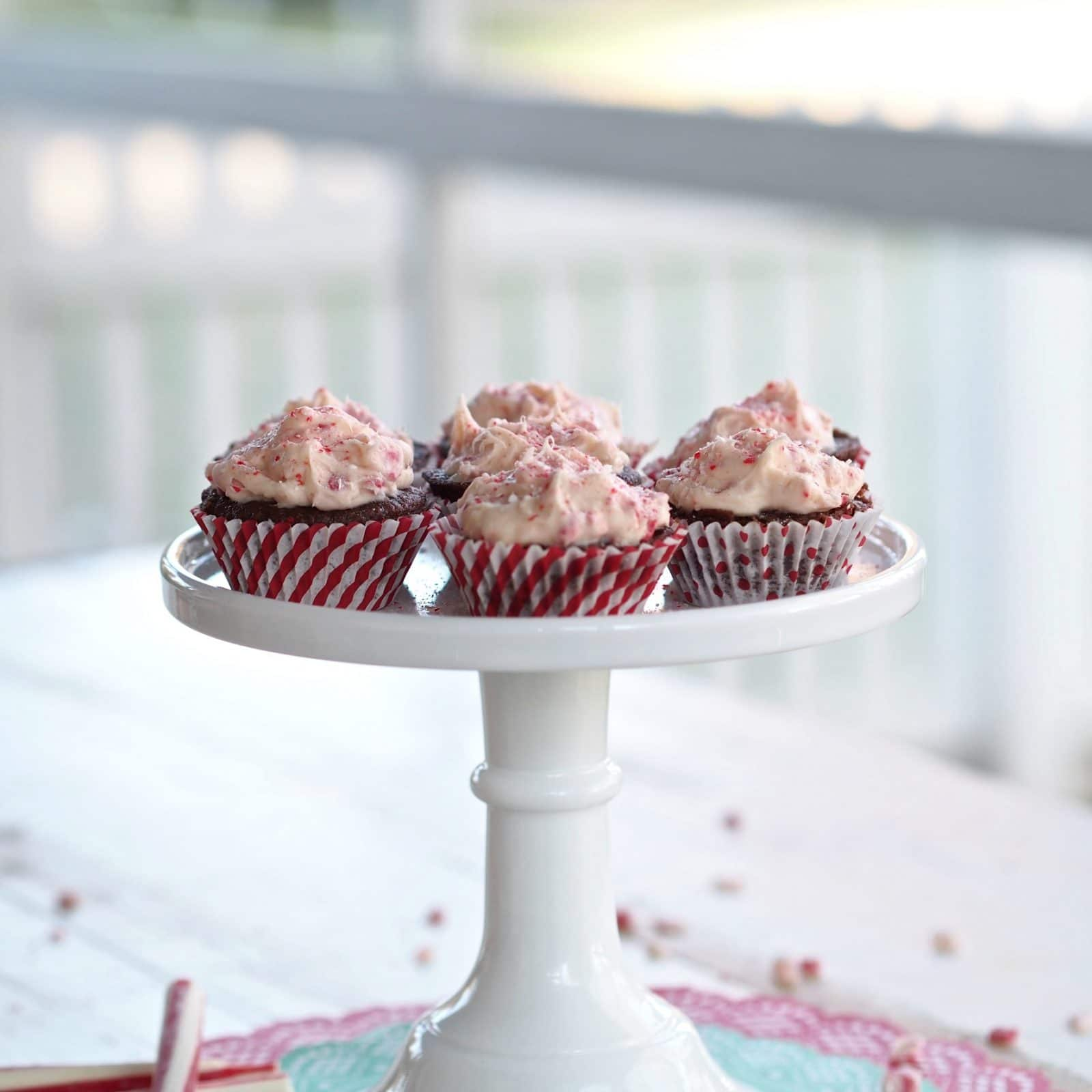 White Chocolate & Peppermint Chocolate Cupcakes -Velvety chocolate cupcakes with easy white chocolate, peppermint icing.