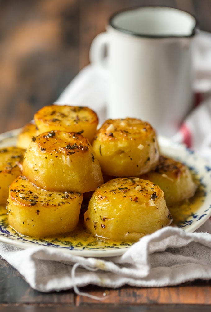 Melting Potatoes have crusty, crunchy edges and rich and creamy insides surrounded by an herby, buttery, savory sauce. They are easy and always get rave reviews. Melting Potatoes fit right in at any family meal or served on a silver platter at an elegant dinner party. Enjoy! Simply Sated